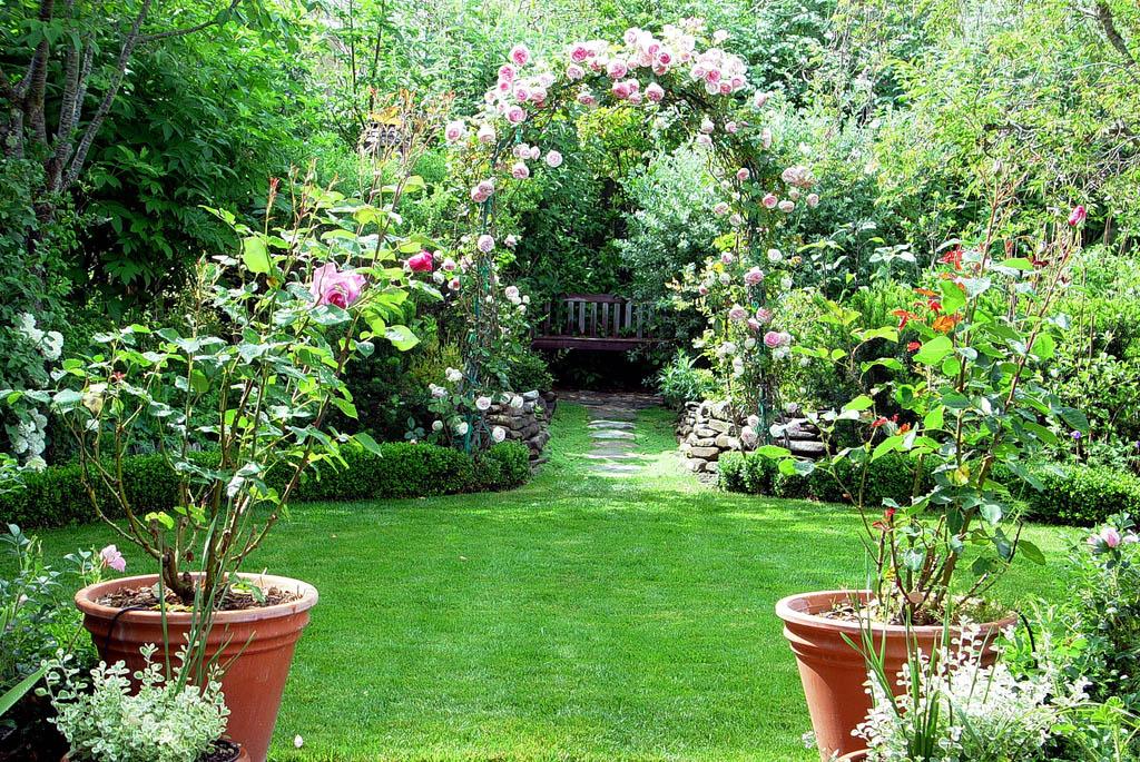 Mẫu nhà đẹp biệt thự vườn xanh ngát với tiểu cảnh sân vườn ấn tượng - 05