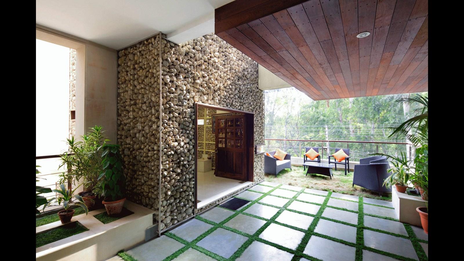Mẫu nhà biệt thự phố hiện đại ấn tượng với nét đẹp kiến trúc hình khối - 3