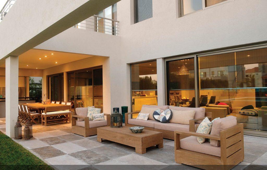 Biệt thự 2 tầng hiện đại đẹp lung linh có bể bơi - 03