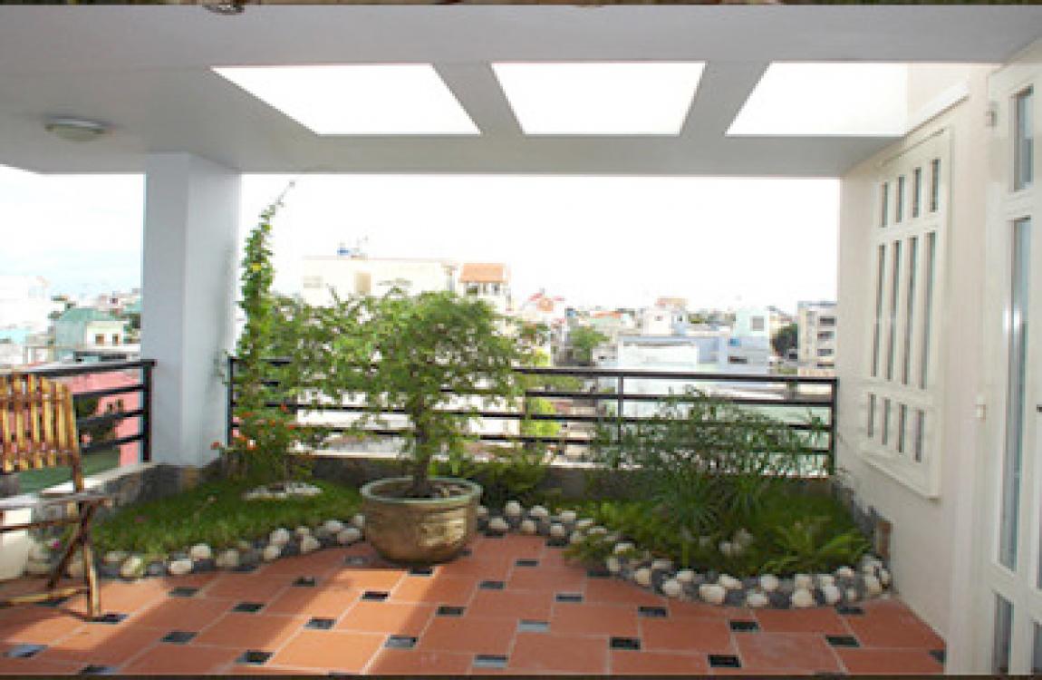 Mẫu vườn sân thượng đẹp nhà phố và biệt thự.01