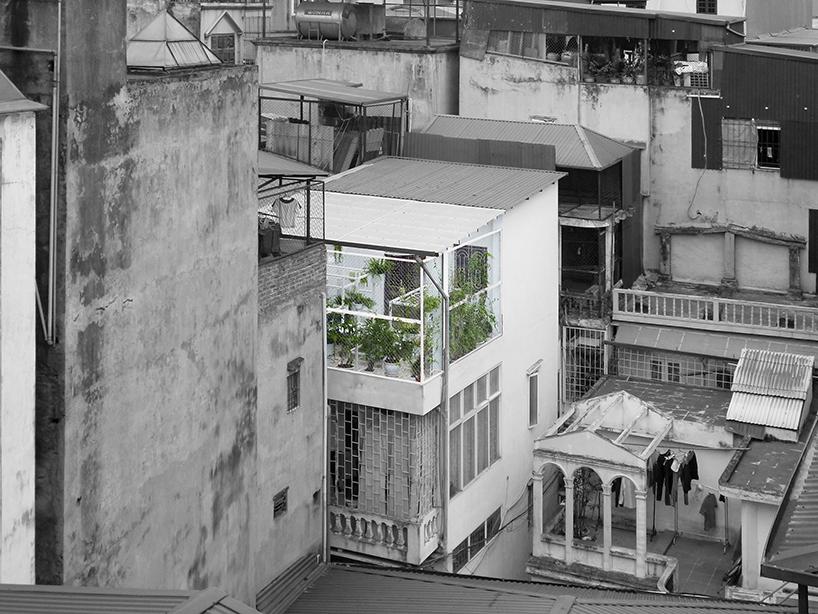 Mẫu vườn sân thượng với không gian thư giãn xanh mát.01