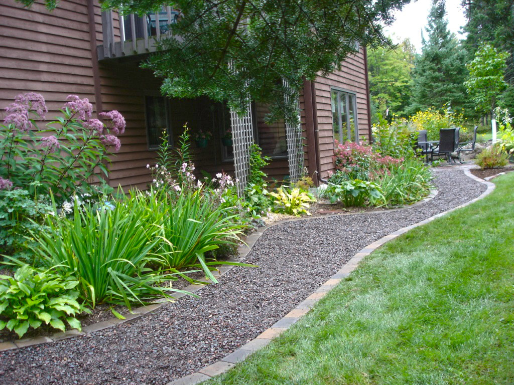 Thiết kế lối đi cho mẫu sân vườn đẹp - 1