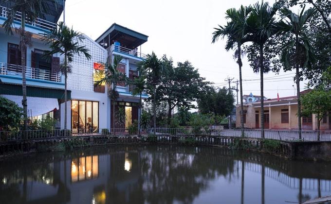 Nhà đẹp 3 tầng nổi bật giữa khu phố
