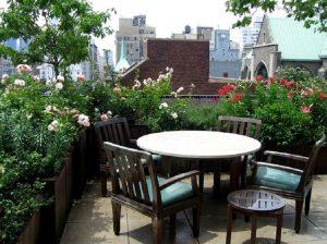 Cách chống thấm vườn sân thượng cho nhà biệt thự 2
