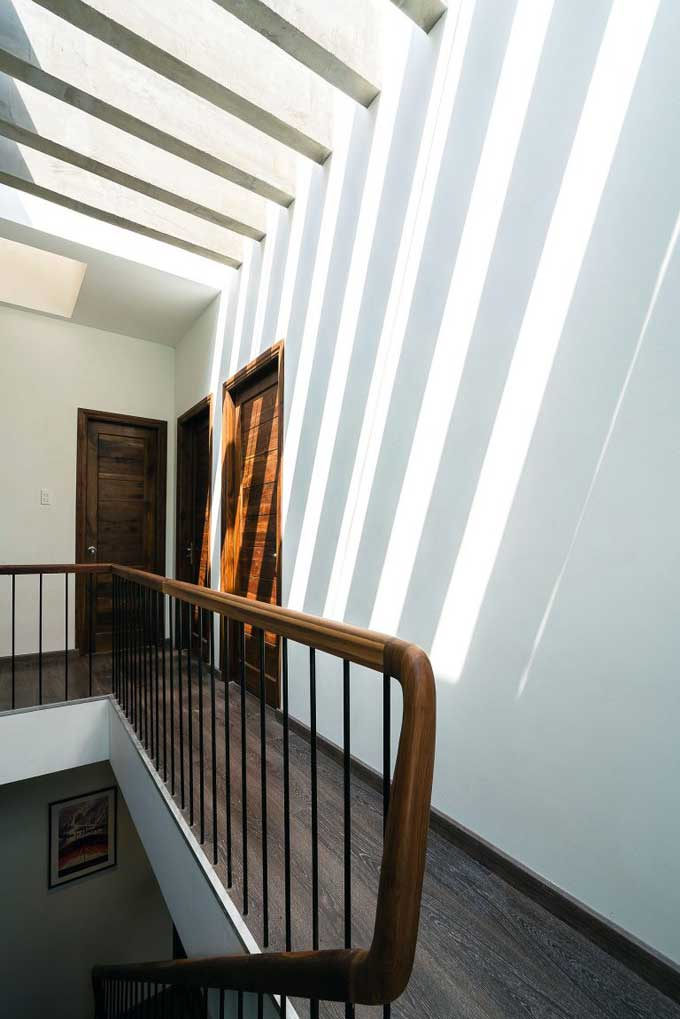 thiết kế mẫu nhà phố 3 tầng bằng gạch Bông Gió