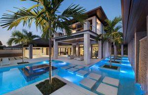 Hãy cùng Kiến Tạo Việt tìm hiểu mẫu biệt thự 3 tầng có bể bơi đẹp và những lưu ý khi thiết kế hồ bơi trong nhà.