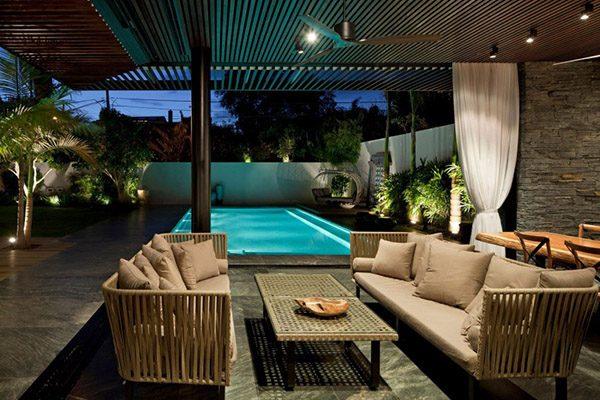 Mẫu số 3: Bể bơi khiến ngôi nhà trở nên tinh tế hơn bao giờ hết.