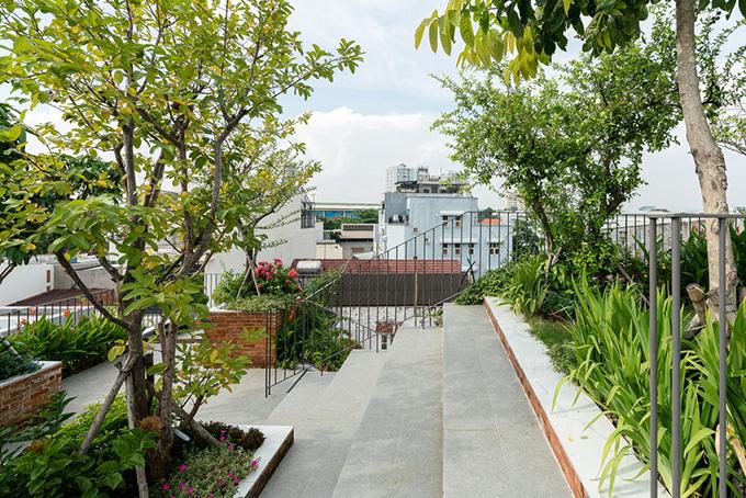 22 Mẫu thiết kế sân thượng nhà phố tuyệt vời nhất 2021 - Mẫu sân thượng 14